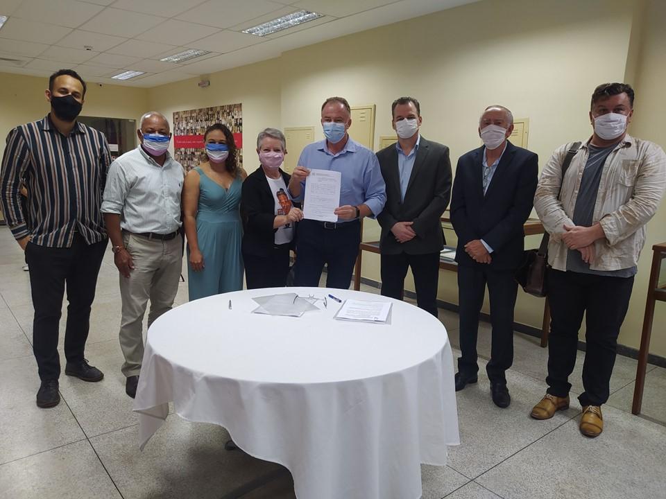 Arquivo Público recebe acervos pessoais de Milson Henriques e Renato Pacheco