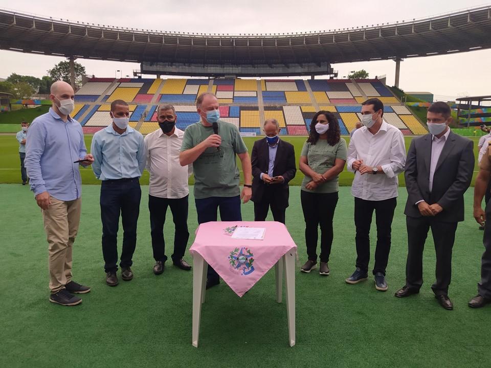Em visita técnica ao Kleber Andrade, Governo confirma nova capacidade oficial do estádio