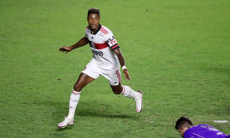 Primeiro Clássico dos Milhões do ano é crucial para Flamengo e Vasco