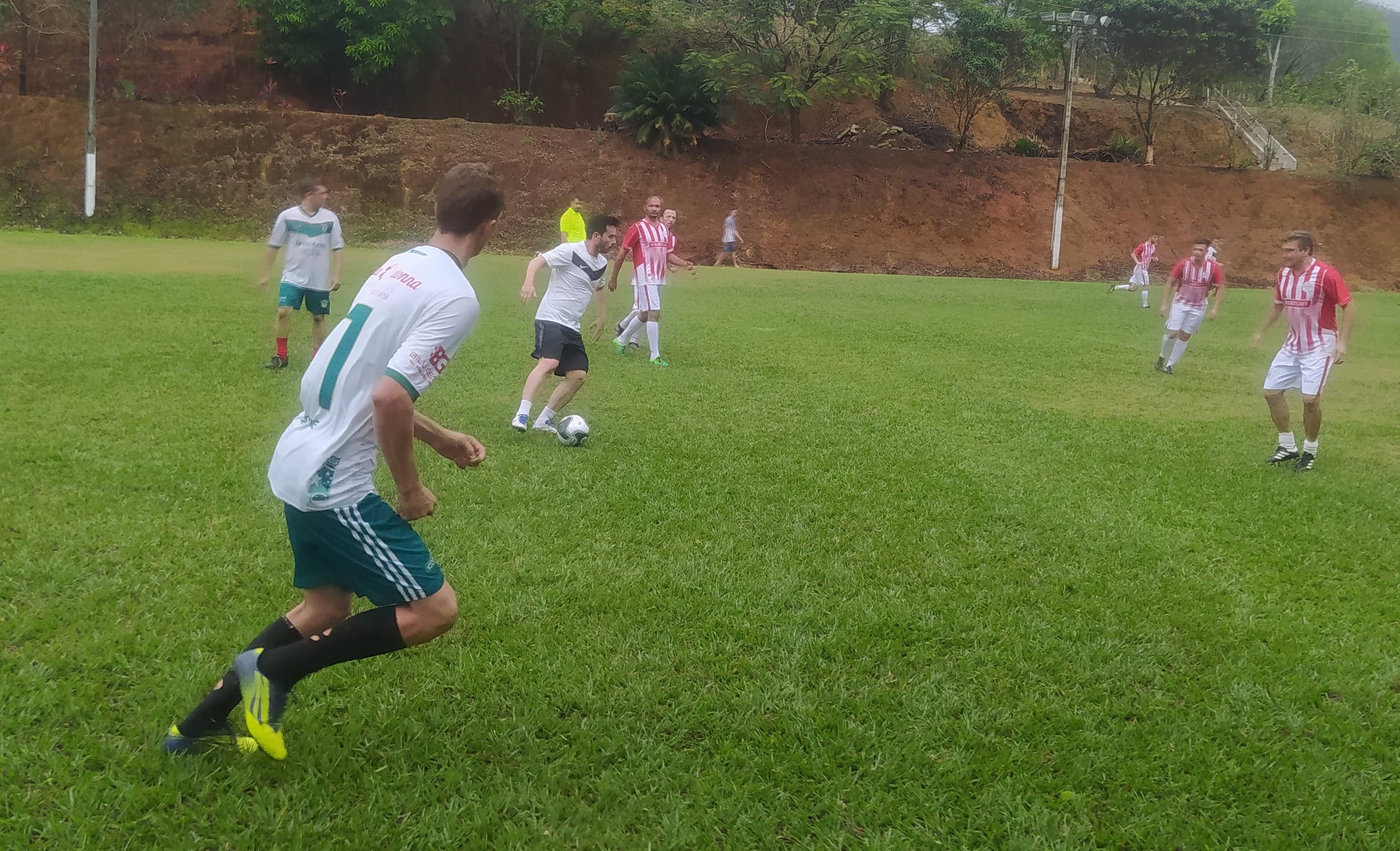 Copa Noticiário Web movimenta Clube Lago das Palmeiras