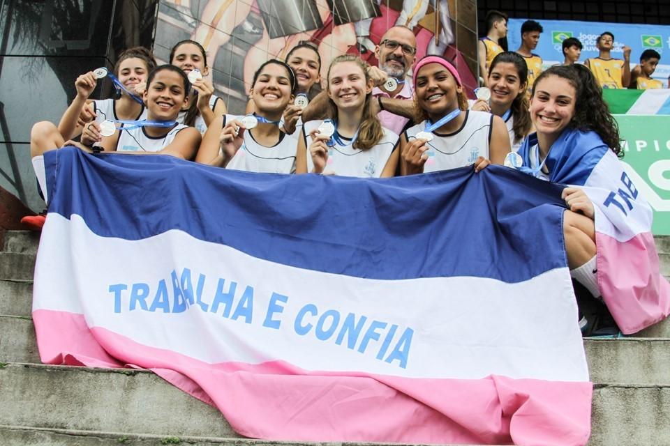 Sesport assina termo de adesão para disputa dos Jogos Escolares Brasileiros (JEB's)