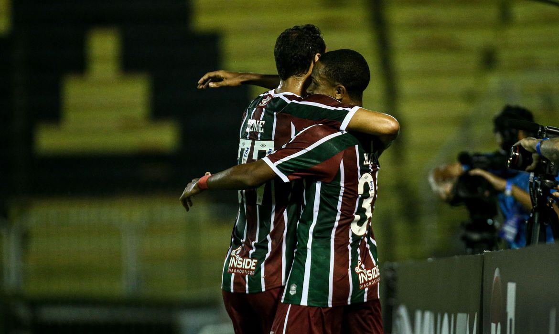 Fluminense goleira Macaé por 4 a 0 no Carioca