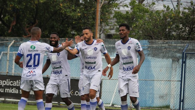 Vitória-ES goleia o União Rondonópolis-MT e mantém vivo o sonho da classificação na Série D do Brasileiro