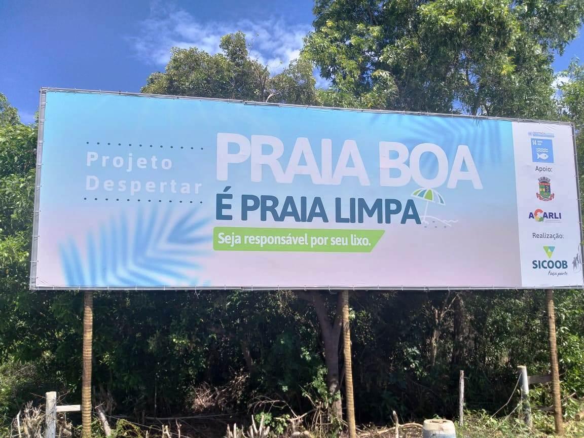 Cooperativa realiza ação socioambiental para manter praias limpas, em Linhares