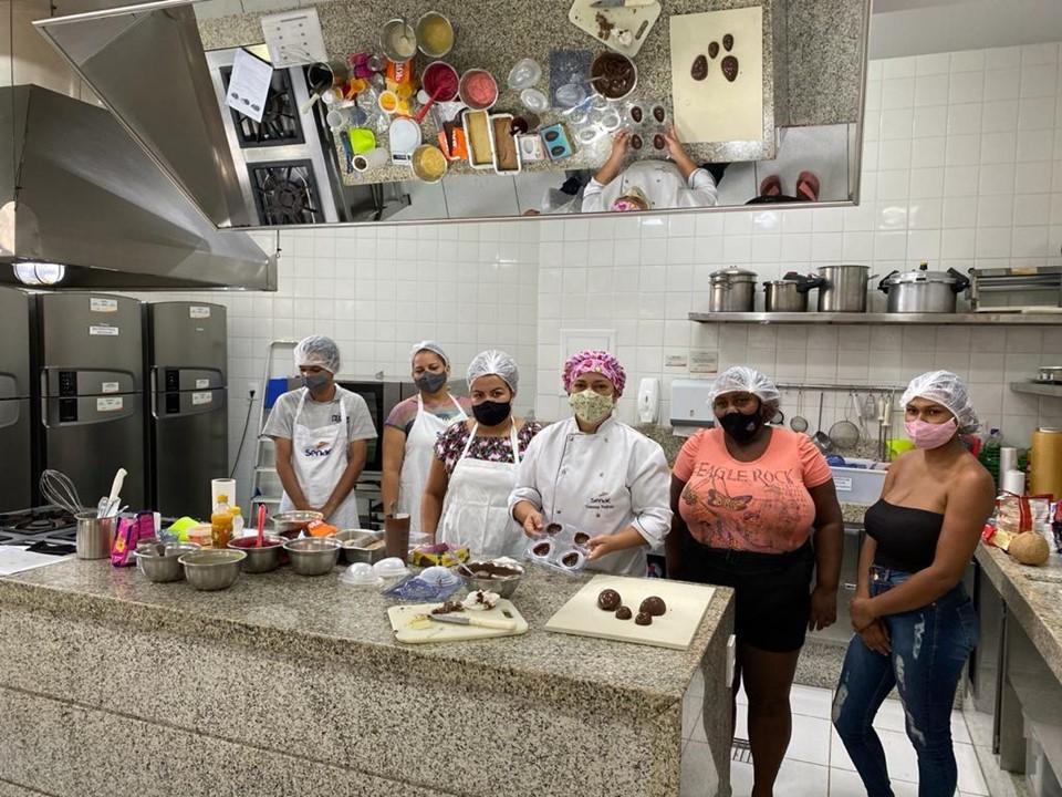 Aderes oferece curso de Ovos de Páscoa Artesanais para mulheres