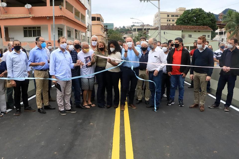 Governador Casagrande inaugura ponte e entrega obras em Alfredo Chaves
