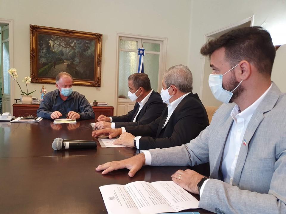 Governador assina Decreto de ampliação do Programa Morar Legal e anuncia Projeto de Regularização Fundiária 100% digital
