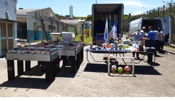Unidades do Iases no sul do Estado recebem materiais pedagógicos, esportivos e equipamentos