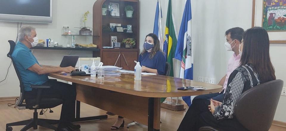 SEDH apresenta projeto dos CRJs para equipes das prefeituras de Linhares e São Mateus