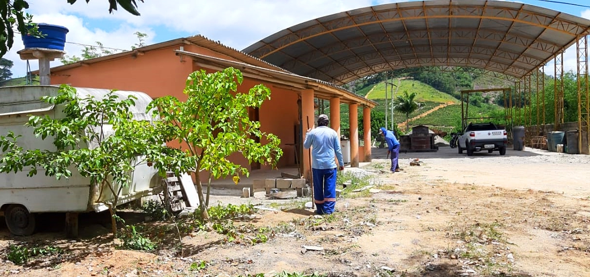 Prefeitura de Vila Pavão vai ativar fábrica de manilhas e transferir sede da Secretaria de Obras para o local