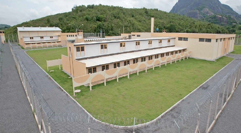 Sejus autoriza retorno das visitas pelo parlatório em unidades prisionais do Estado