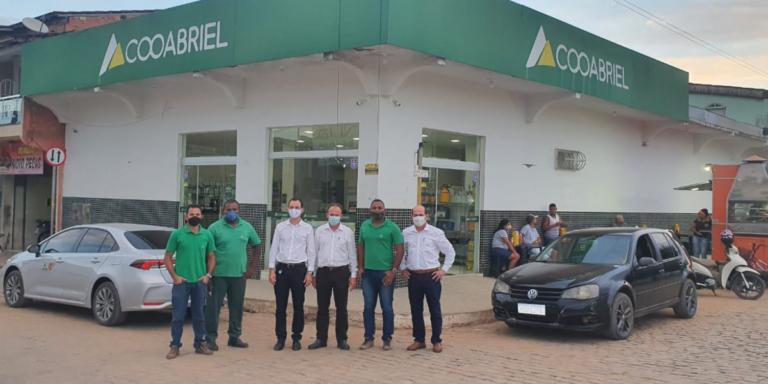 Diretoria da Cooabriel realiza visita às unidades da Bahia