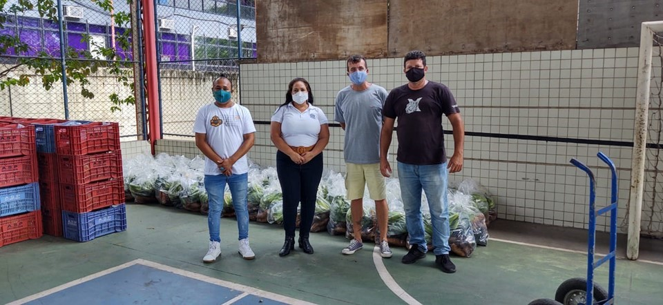 ES Solidário faz entregas de mais de 2 mil cestas verdes em janeiro
