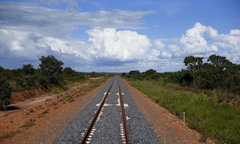 Governo leiloa hoje trecho de ferrovia na Bahia