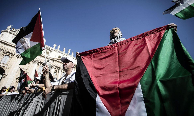 EUA retomam assistência a palestinos e darão US$ 235 milhões em ajuda