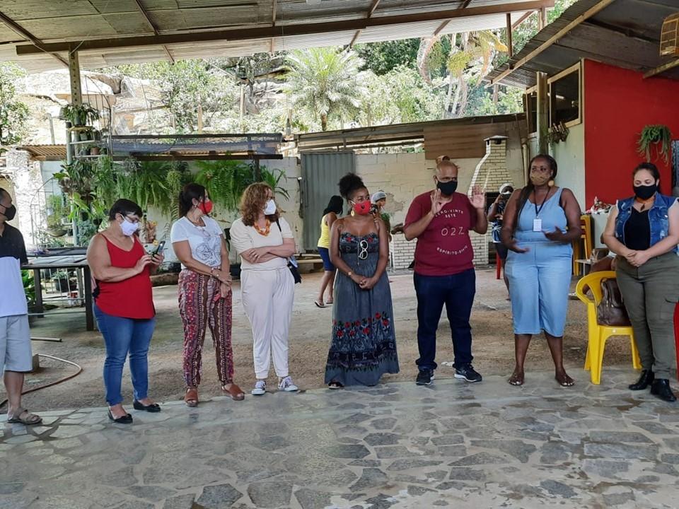 Equipe da SEDH vivencia experiência de um dia na comunidade quilombola em Vargem Alta