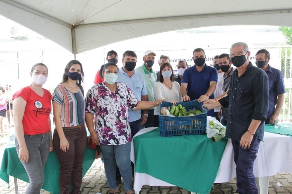 Seag entrega cestas verdes ao município de Vila Valério