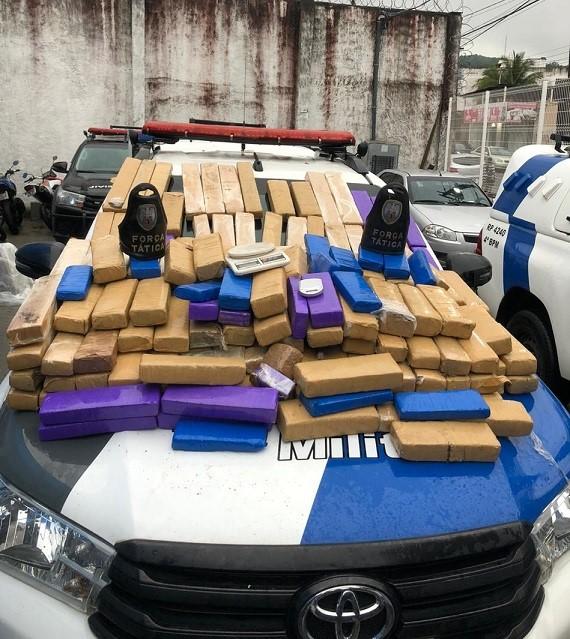 PM realiza importante apreensão de droga em Vila Velha