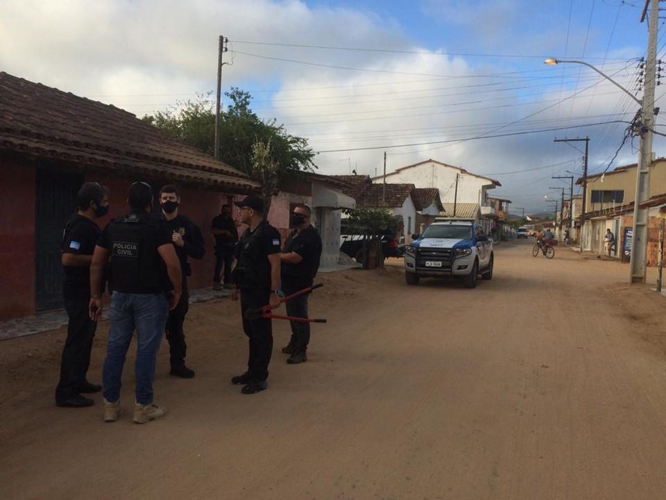 PCES prende suspeito de roubo com restrição de liberdade e importunação sexual na Bahia
