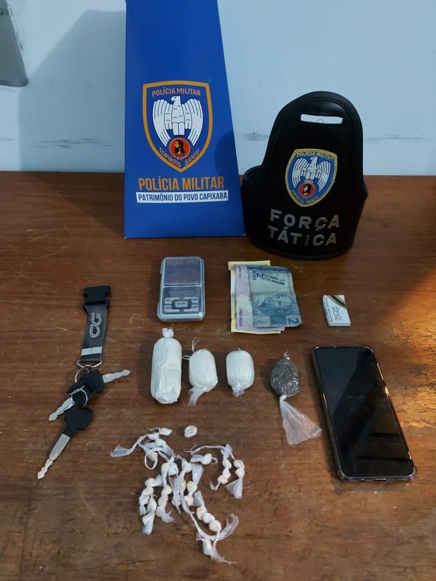 Força Tática apreende drogas em Pinheiros