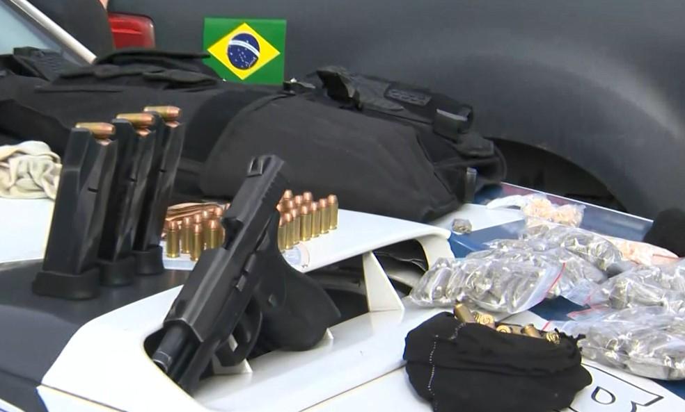 Homem apontado como chefe do tráfico é preso no Morro do Romão, em Vitória