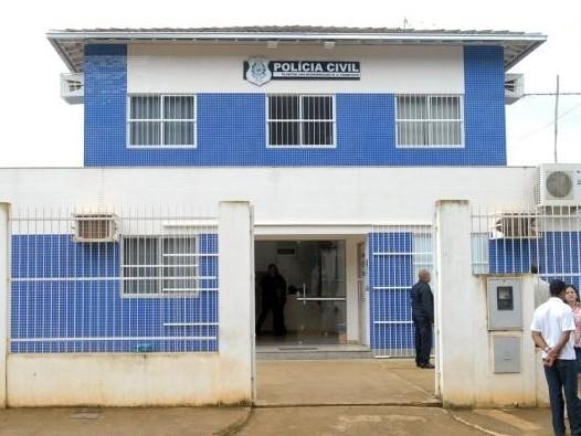 Suspeito de roubo com mandado de prisão em aberto é preso em Barra de São Francisco