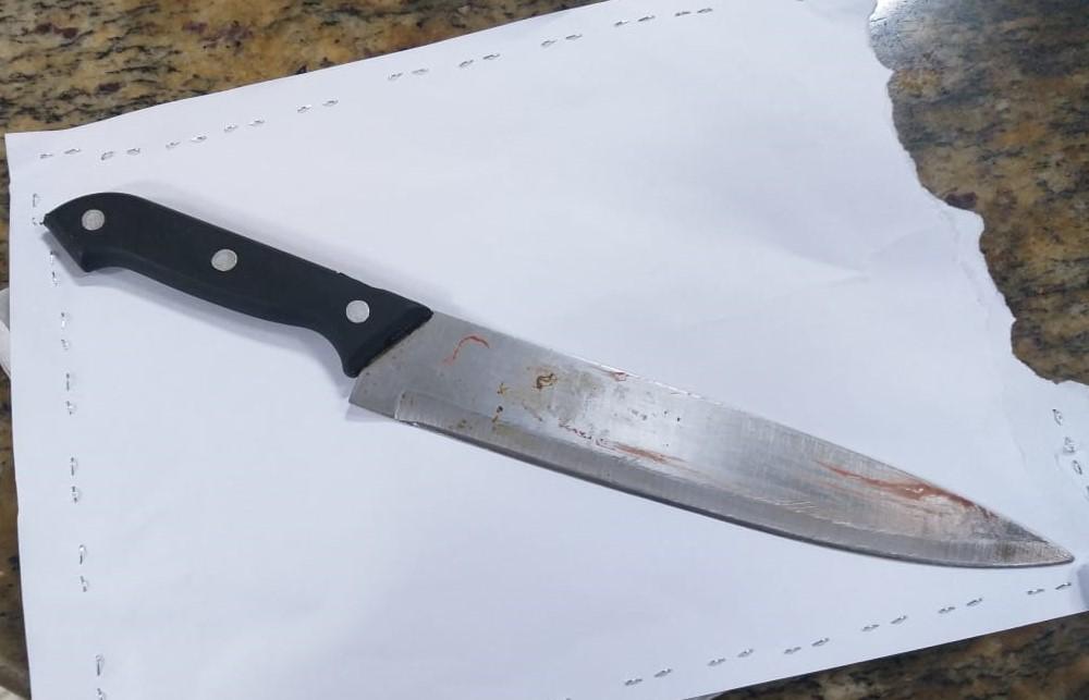 Homem é morto com golpe de faca em Águia Branca