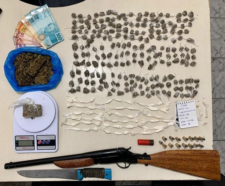 PM apreende drogas, armas e munições do Norte do ES