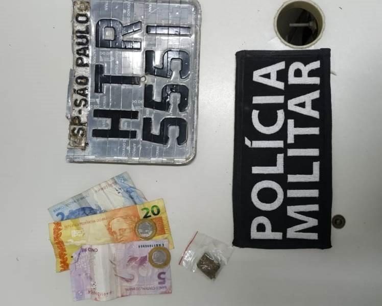 PM detém motoqueiro em Barra de São Francisco.