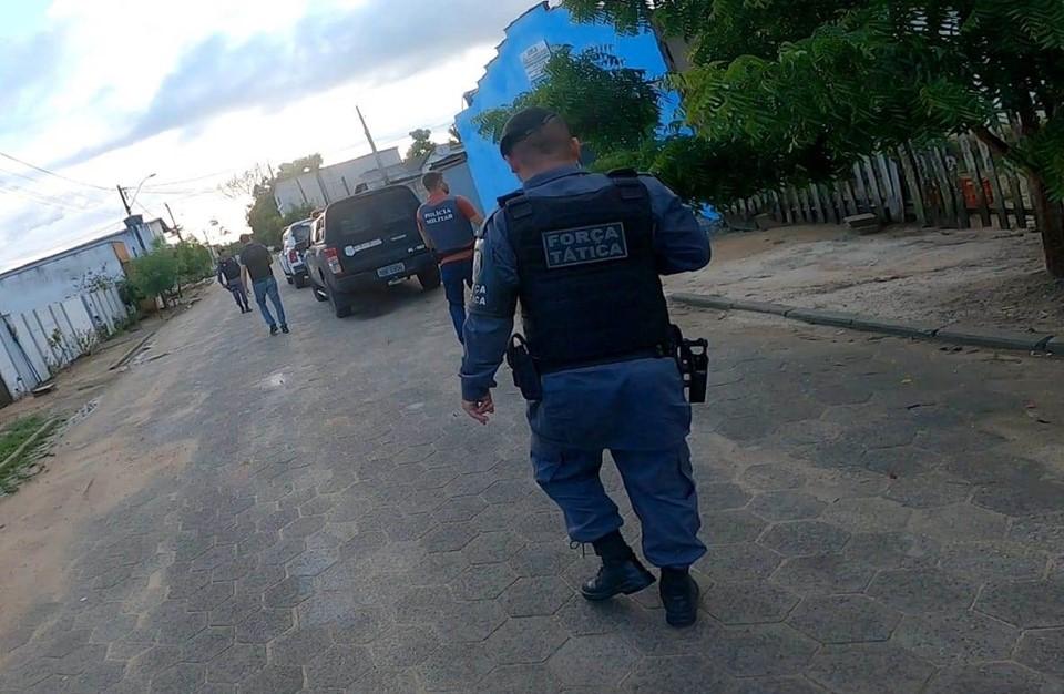 Operação conjunta entre PM e PC detém suspeitos de crimes graves em Jaguaré