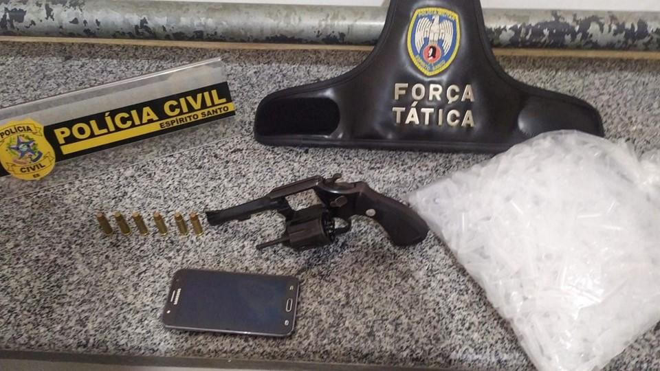 PCES e PMES prendem suspeito de homicídio e apreendem adolescentes em São Gabriel da Palha