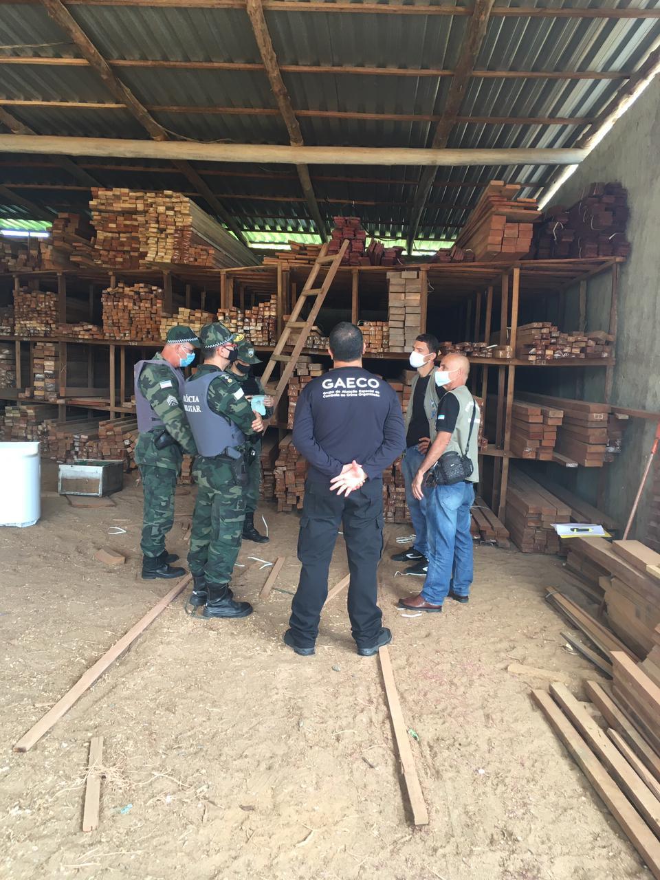 """Policiais militares da Assessoria Militar ao MPES e do Batalhão de Polícia Ambiental participam da """"Operação Curupira"""""""