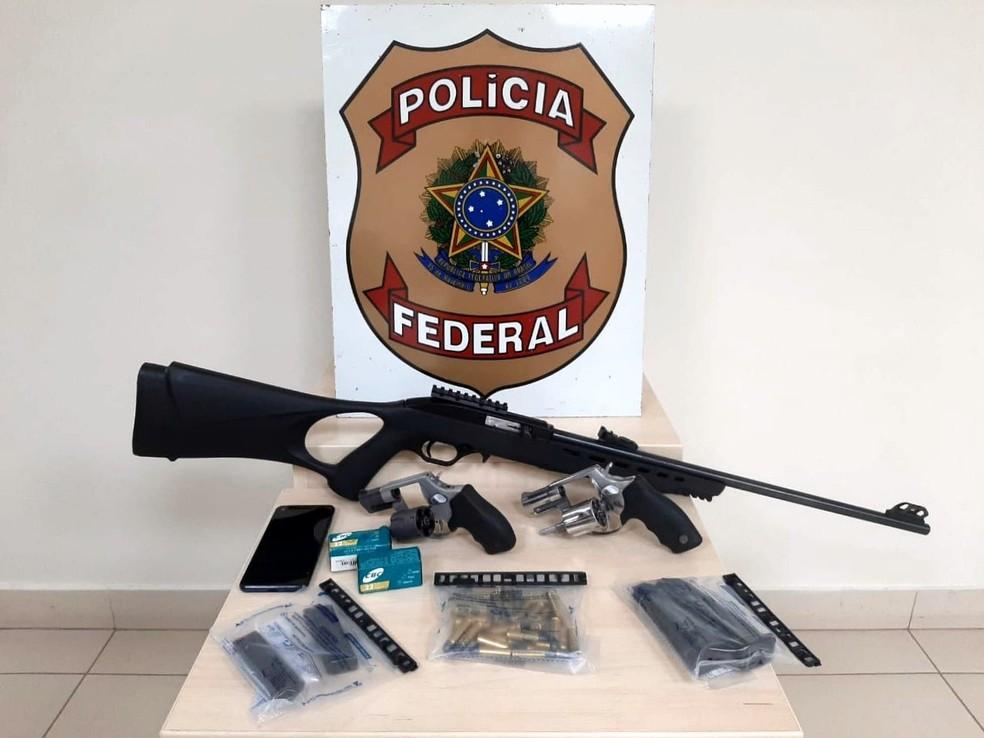 Águia Branca: PF prende empresário em operação contra comércio ilegal de armas