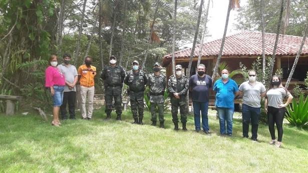 Comandante do BPMA visita destacamento em Barra de São Francisco
