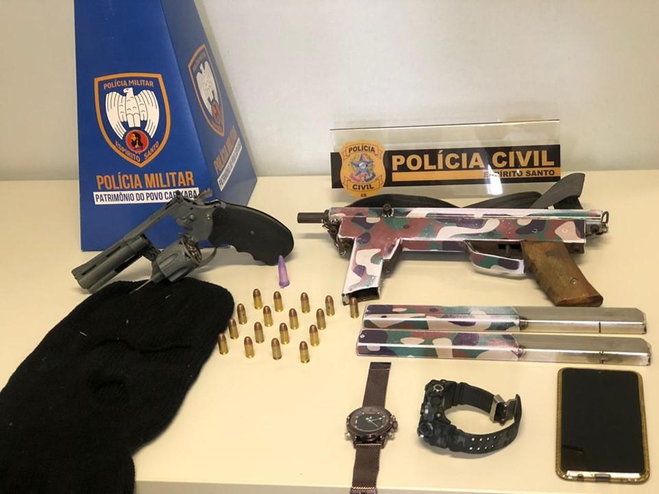 PM apreende submetralhadora e detém cinco pessoas em Pinheiros