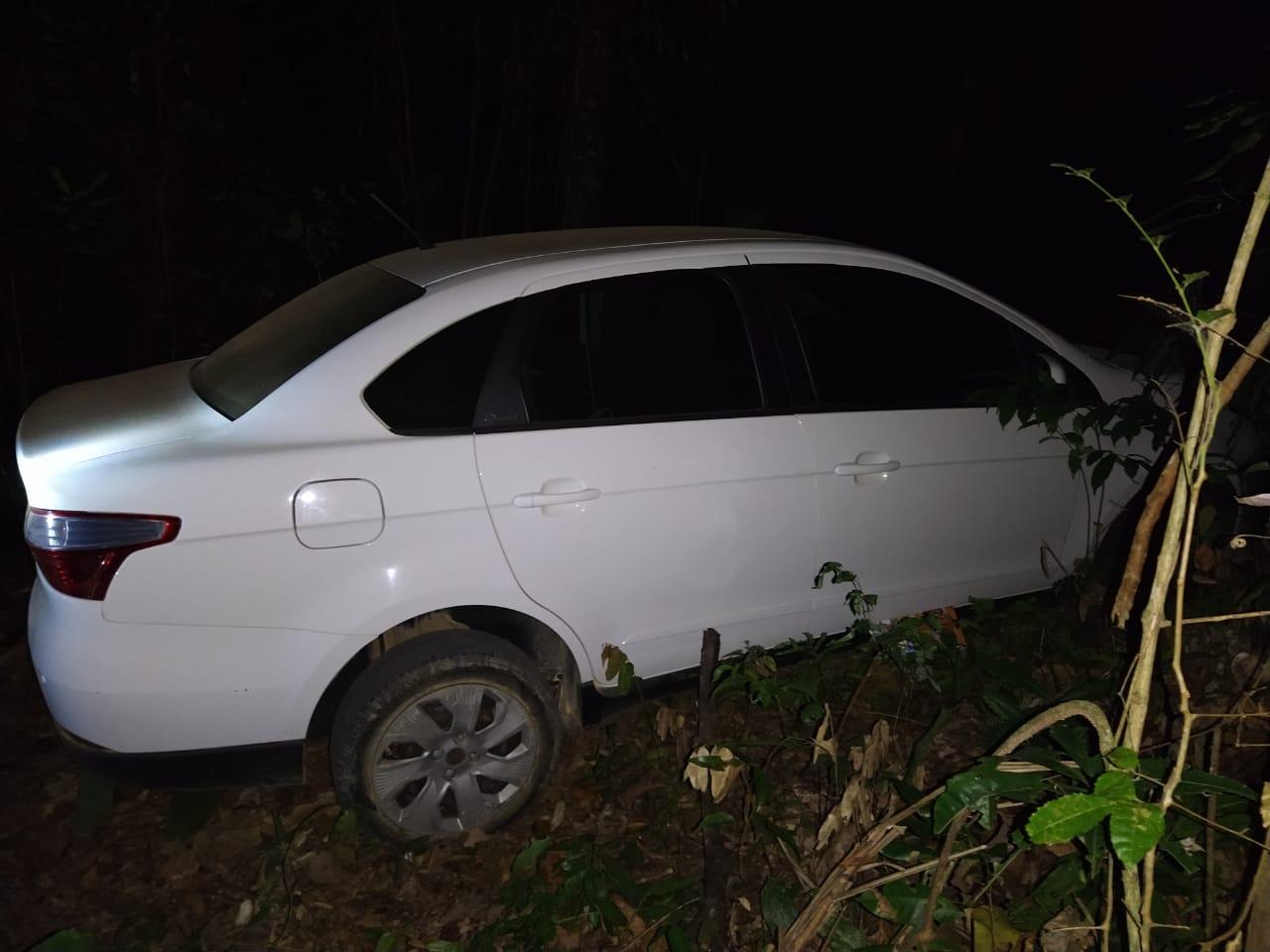 Polícia recupera veículo roubado em São Domingos do Norte