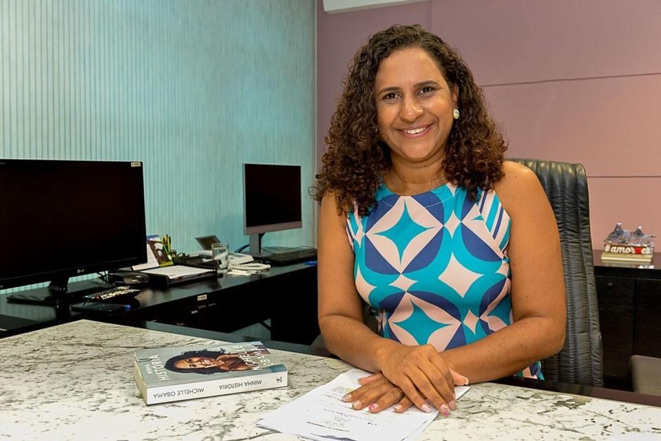 Jaqueline Moraes participa de live com movimento Transparência Capixaba