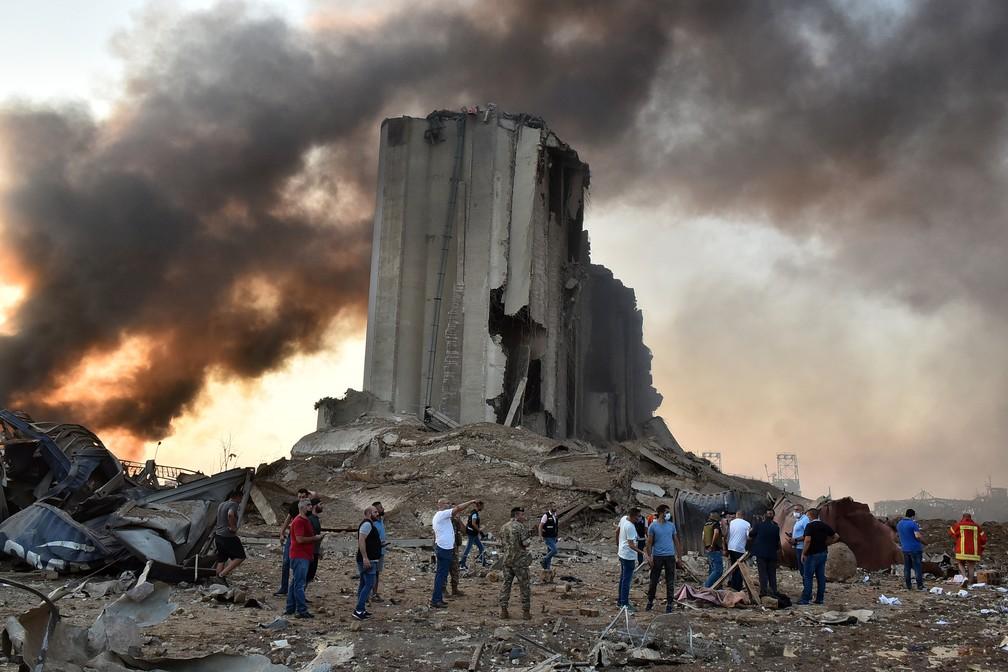 Enivaldo quer saber se a Vale armazena material que causou tragédia no Libano