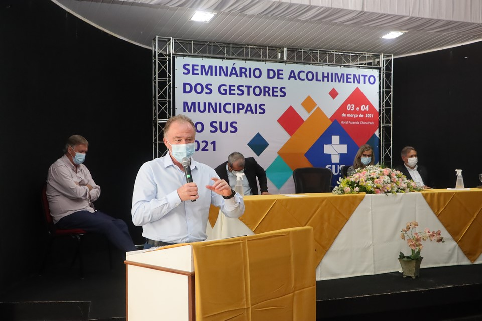 Governador participa de abertura do seminário de acolhimento dos gestores municipais de saúde