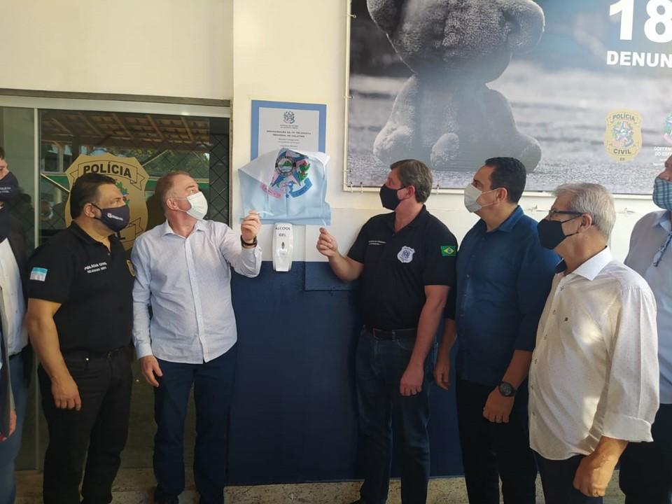 Governador visita novo prédio da Delegacia Regional e obras de pavimentação em Colatina