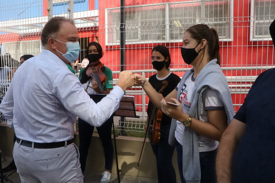 Governo anuncia mais de R$ 15,7 milhões em melhorias para escolas no município de Vila Velha