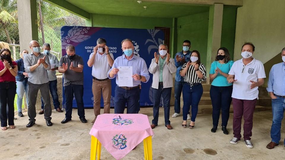 Governador assina Ordem de Serviço do Projeto-Piloto Rio Mangaraí