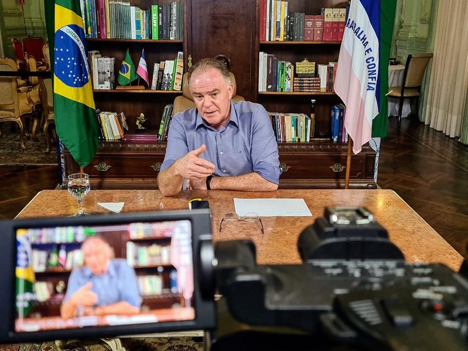 Governador entrega obras de calçamento rural em Marechal Floriano