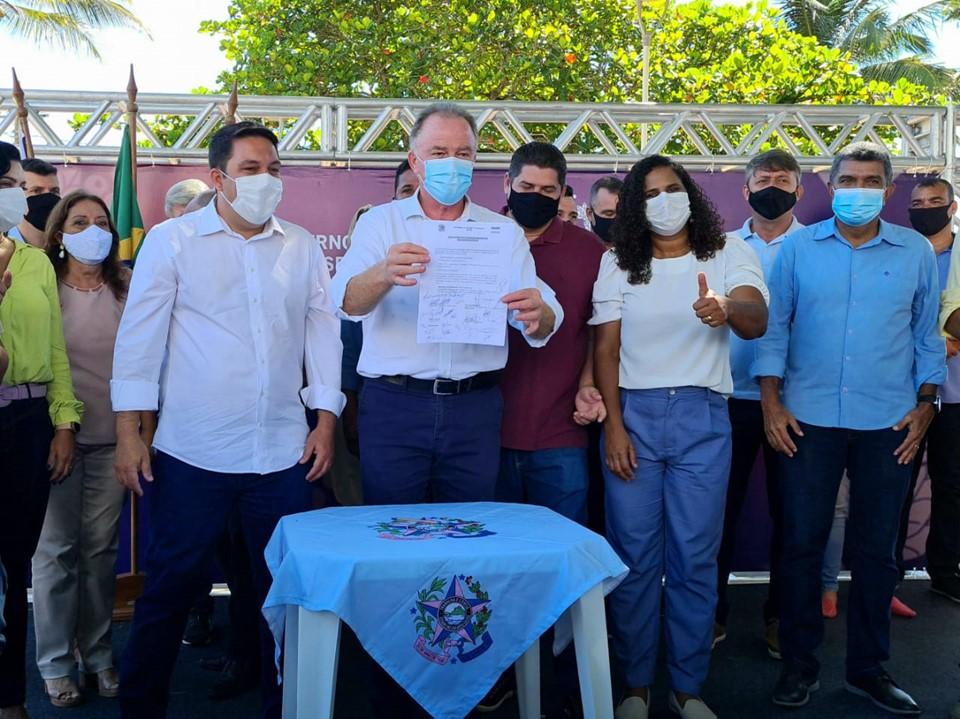 Casagrande autoriza início das obras na Avenida Abido Saadi, na Serra
