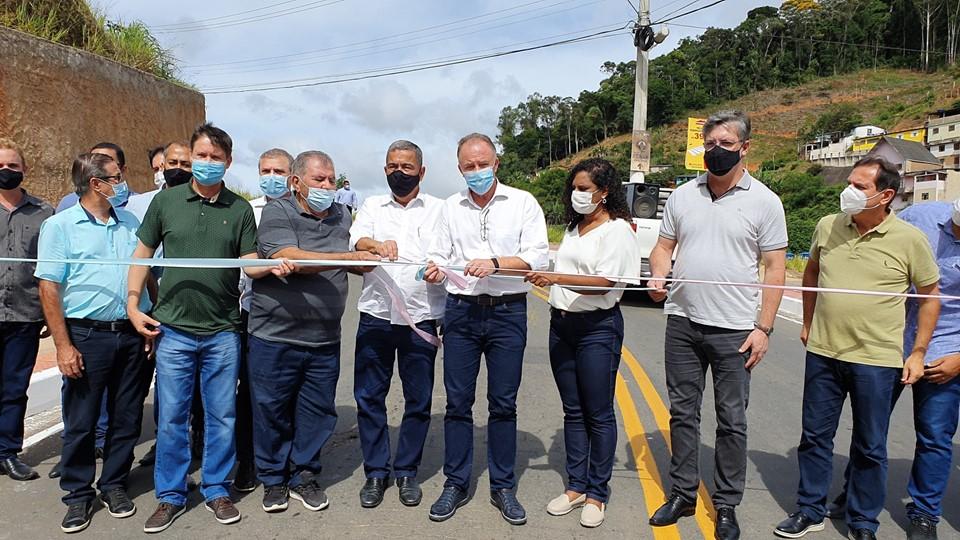 Governo do Estado entrega obras em Santa Teresa e Santa Leopoldina
