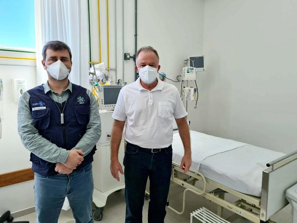 Governador visita novos leitos Covid abertos no Hospital Materno Infantil Menino Jesus