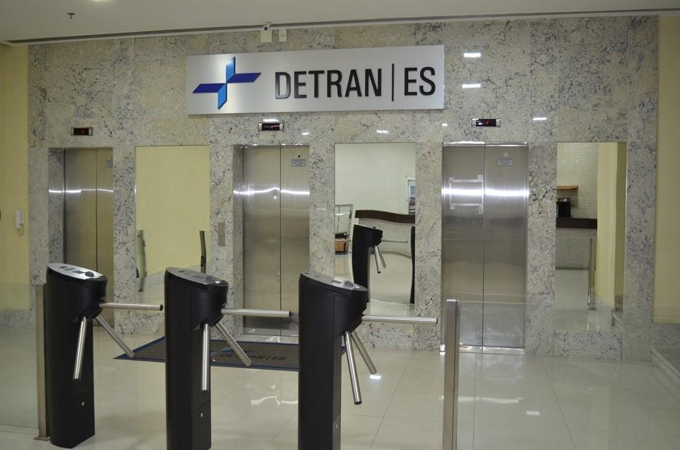 Detran|ES redefine procedimentos de trânsito para a quarentena