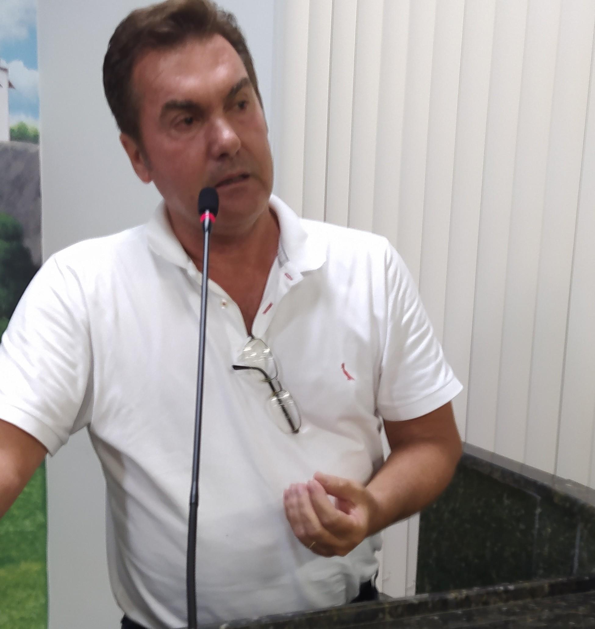Brizola anuncia novos secretários